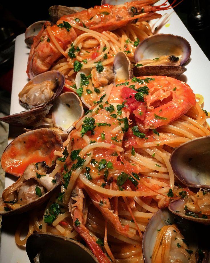#specials keep rolling out #spaghetti #lagostine #clams #cucina #italiana #italianfood #foodie #foodart #foodlover #foodaddict #foodphotography #eeeeeats #instagood #instadaily #italianfood #instapic #picoftheday #aummaummpizza #pizzeria and #winebar #northbergen #hudsoncounty #newjersey #chefantoniosavino