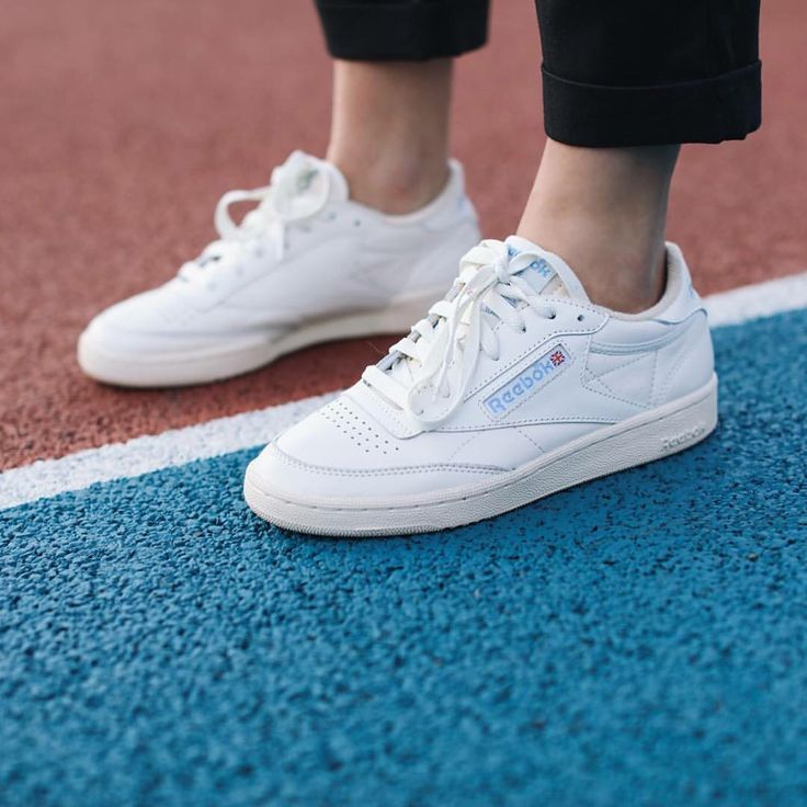 20ce680176ad0 Reebok Club C Vintage 85 | All the fashion in 2019 | Reebok schuhe ...