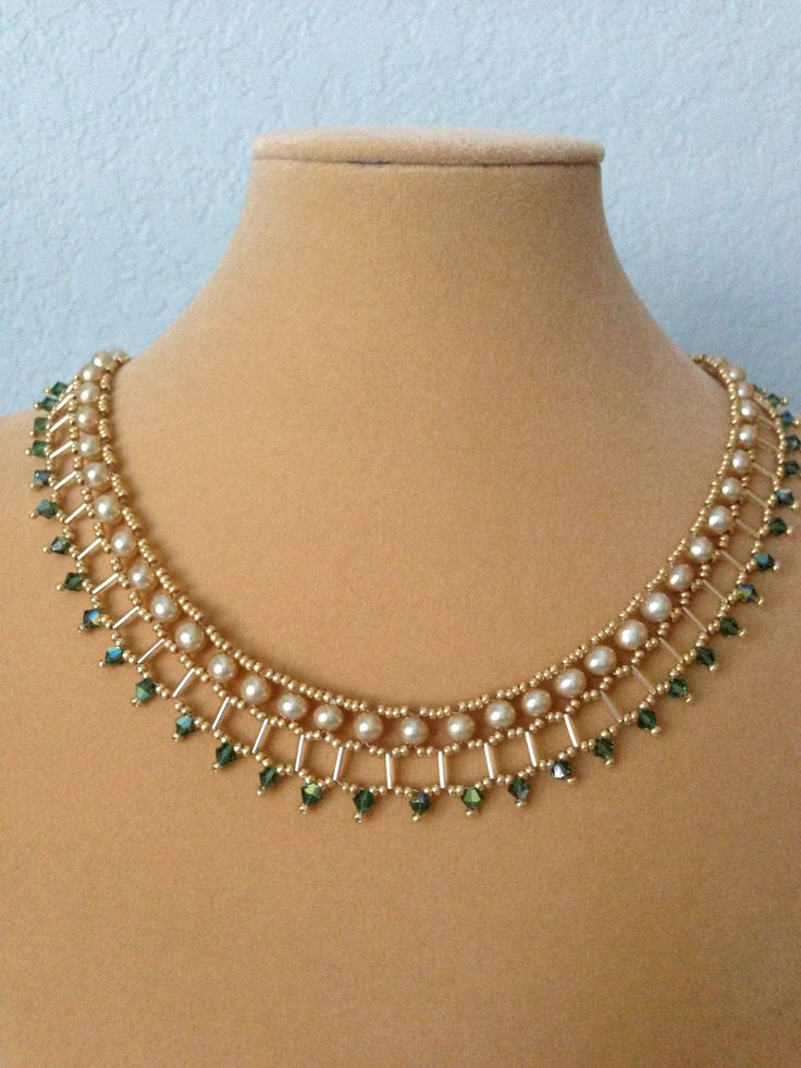 Pearl crystal necklace