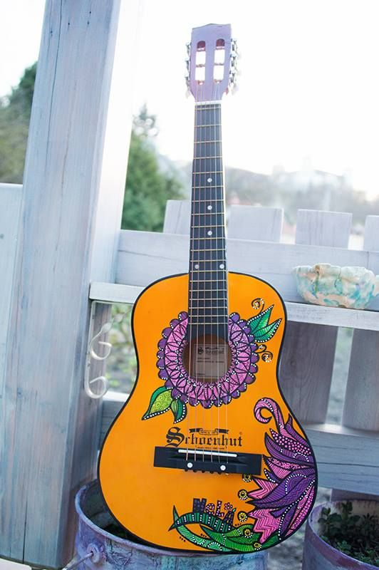 #posca #handmade #painted #guitar #kids #uniposca #handpainted #personalised