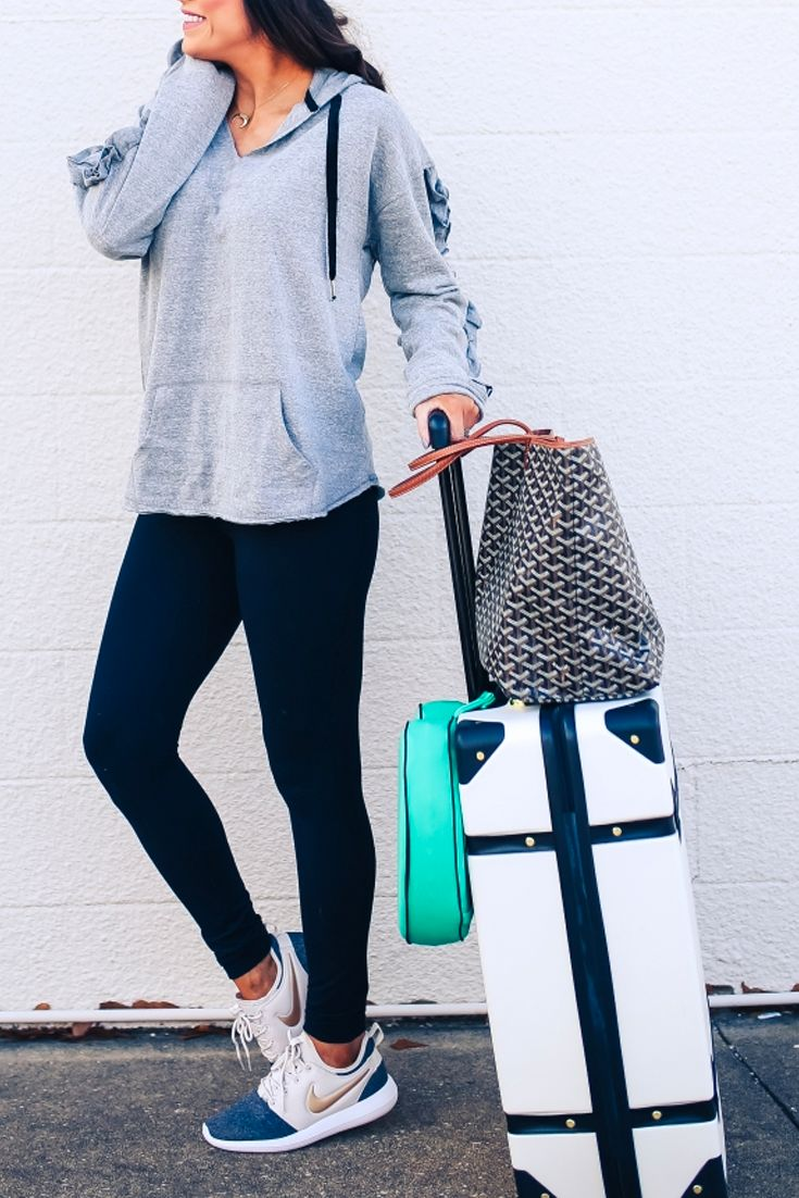 Travel basics, airport outfit, airport fashion, plane outfit, leggings, nike sneakers, baggage, suitcase, spinner, handbag, packing, fashion outfit, fashion for women, travel deals, cheap bags. Emily Gemma, The Sweetest Thing Blog #EmilyGemma #TheSweetestThingBlog