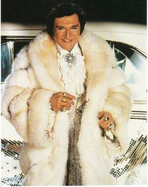 17 Best images about Liberace on Pinterest | Stage outfits ...