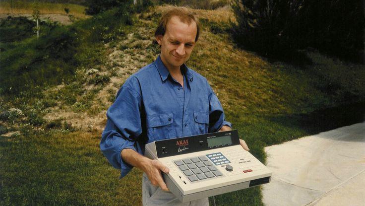 若かりし頃のロジャー・リンと、AKAI MPC60のプロト・タイプ