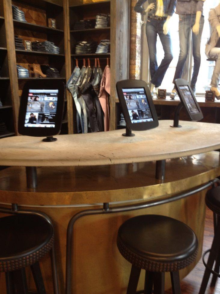 iPad bar in Diesel Regent Street