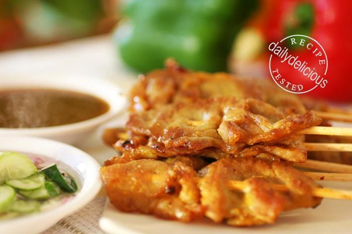 Thai Pork Satay (Moo Satay - หมูสะเต๊ะ) | Thai ...