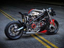 rhubarbes: Ducati 749 by Apogee Motorworks. (via Ducati 749 by Apogee Motorworks — Silodrome)