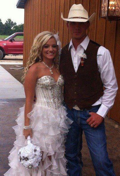 Blue Jean Wedding Dresses : Classy blue jean wedding dresses