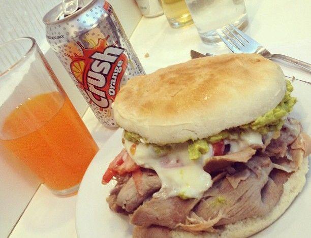 Lomito italiano Fuente Alemana: un sandwich clásico de Santiago!