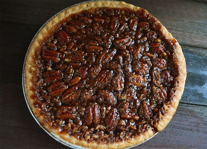 Vegan Thanksgiving: Homemade Bourbon Vegan Pecan Pie Without Corn Syrup - Vegetarian Snob