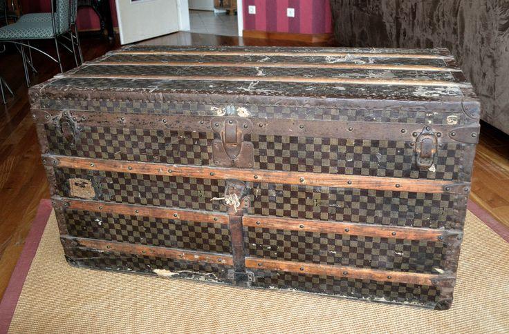 louis vuitton truhe koffer trunk 19 jahrhundert berseekoffer antique life before the. Black Bedroom Furniture Sets. Home Design Ideas