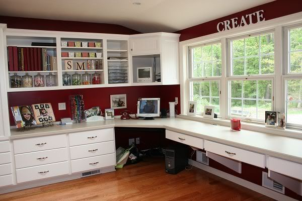 Love the red & the windows!Art Studios, Offices Spaces, Crafts Room, Scrapbook Rooms, Room Ideas, Craftroom, Dreams Room, Scrap Room, Craft Rooms