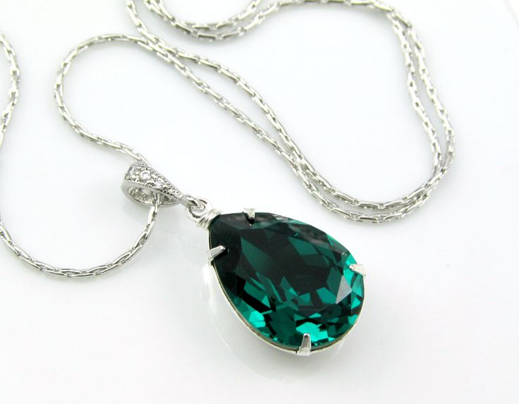 Emerald Green Necklace Swarovski Crystal Teardrop Silver Necklace Wedding Jewelry Bridesmaid Gift 2013 Color of the Year Emerald Jewelry. $22.99, via Etsy.