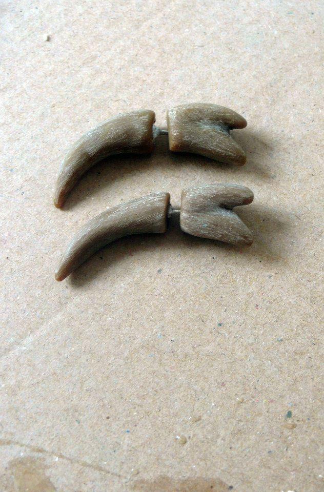 bone like tribal earrings (polymer clay) - Pidlimaja