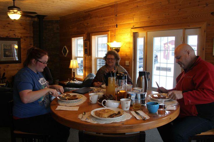 Family breakfast at Lake Lauzon Resort #algomacountry