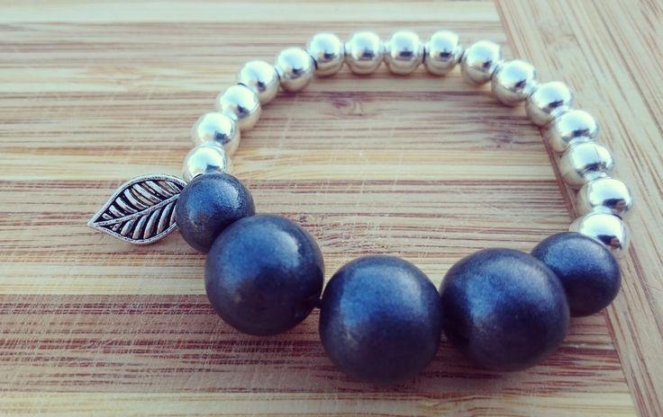 Black shimmer and silver beaded charm bracelet.