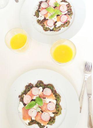 Spinatvafler med laks og rygeost fra Torvehallerne