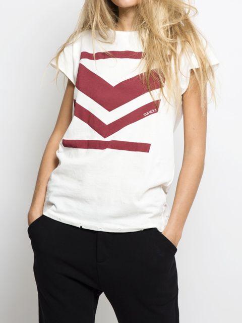 a35dae7081b979 Dit te toffe shirt van June 7.2 is een van onze nieuwe favorieten uit de  collectie