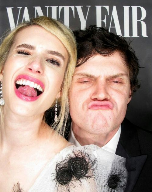 "fionagoddess: ""Emma Roberts & Evan Peters 