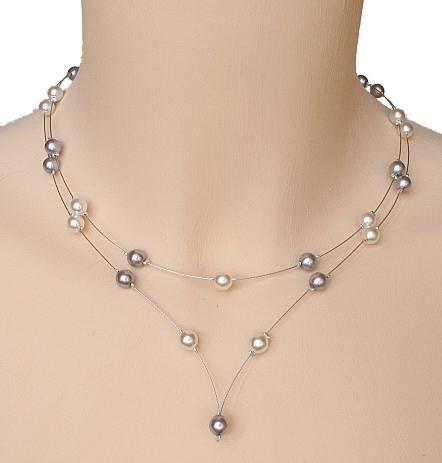 Collier perles CO1171A 28,00 € Collier mariage blanc et gris de 42 à 47 cm sur fil câblés + chaînette de réglage (sauf en cas de bijou de dos)+ fermoir à crochet argenté  Nature des perles : Verre opaque nacrée (imitation perle de culture) Couleur des perles : Blanc et gris argenté