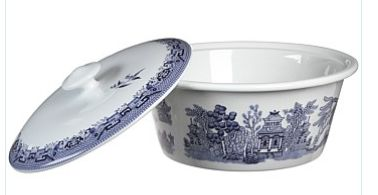 Winter means creating yummy casseroles to warm the family - treat yourself to this Churchill Blue Willow 2.5L casserole dish from Briscoes, now only $30.00