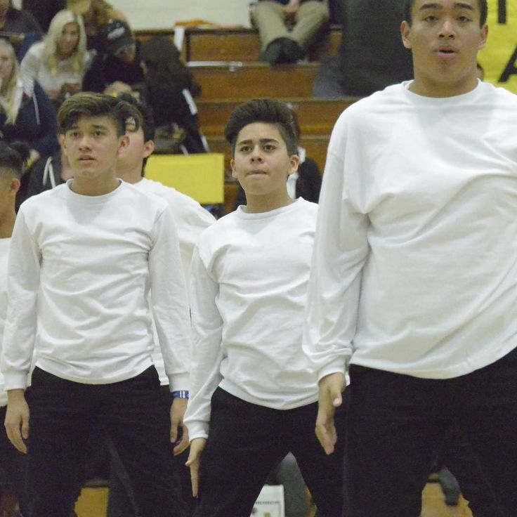 We have a super short podcast Episode 29  that is posted now. Angelo DeVito flies solo and talks to dancers Saul and Omar. The dance teams have a competition tomorrow at Tustin High School. #dance #hiphop @angelodevito_4 @alemanydanceteam