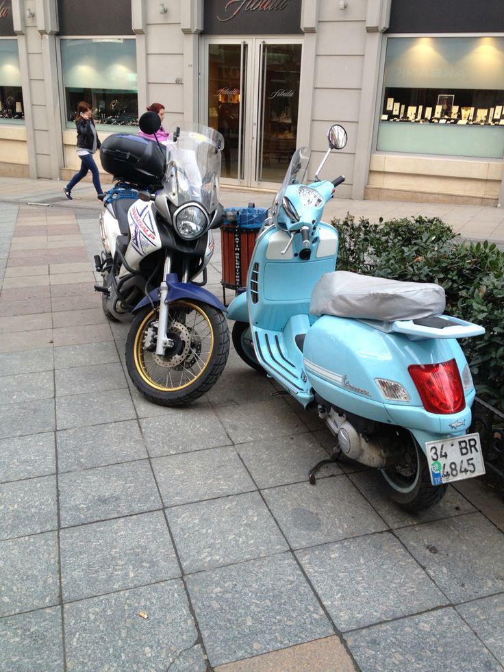 Honda xl 700 transalp & vespa gt 200