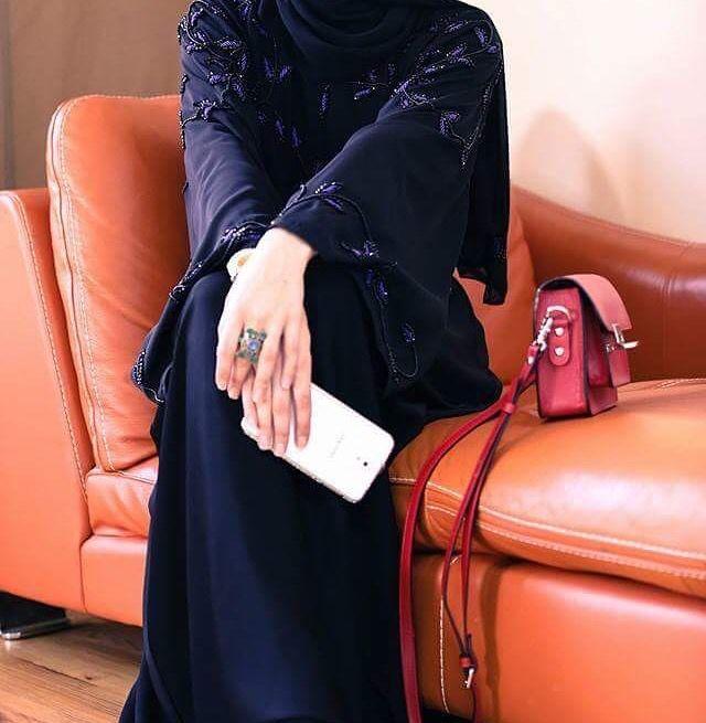 Elegant in abaya