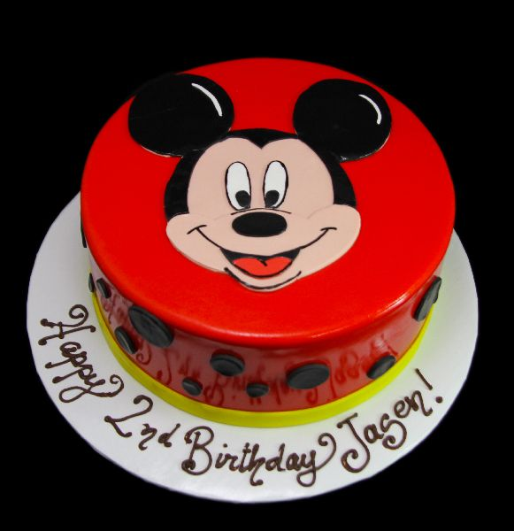 Mickey Mouse face   #Birthday #cake #custom #customcake #cakeinpiration #kids #cakesforkids #color #colorfulcakes #charactercakes #cartoons #Mickeymouse #disney #mickey
