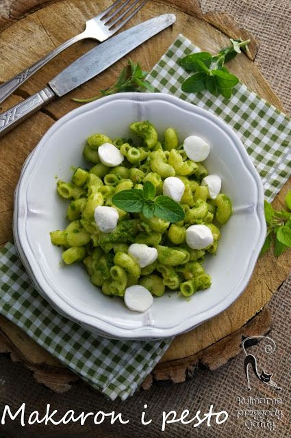 Kulinarne przygody Gatity: Makaron z pesto i mozzarellą