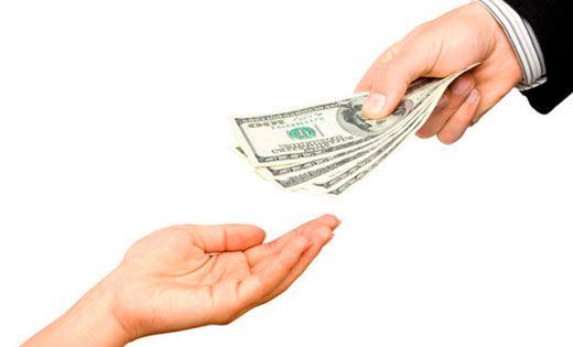 Оказывается, мало знать и выполнять ритуалы по привлечению денег. Мало знать о талисманах, которые притягивают в вашу жизнь деньги. Нужно еще знать,как правильно отдавать деньги, чтобы те обязательн…