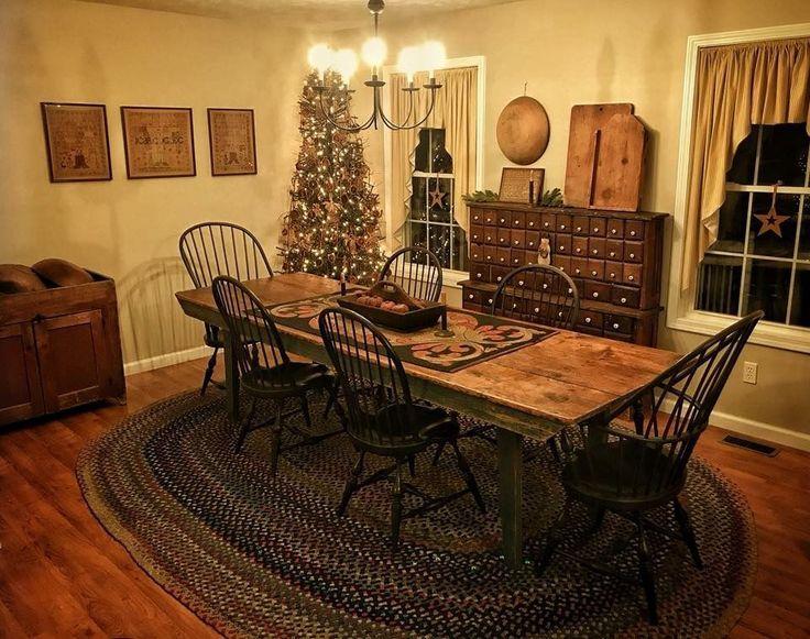 I love this dining room!! #PrimitiveDiningRooms