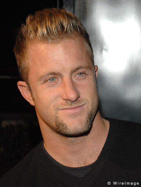Scott Caan - Hawaii 5-0.  Yep, he IS cuter than his dad!