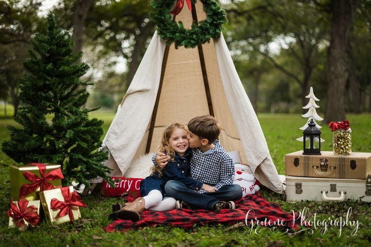Christmas Mini Session | New Braunfels Mini Session Photographer
