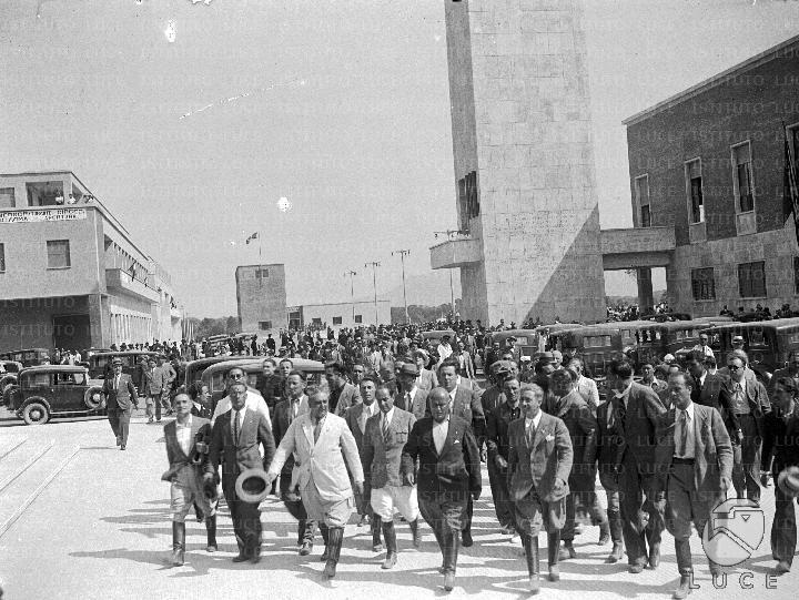 Mussolini visita le nuove opere di Sabaudia 09 07 1934