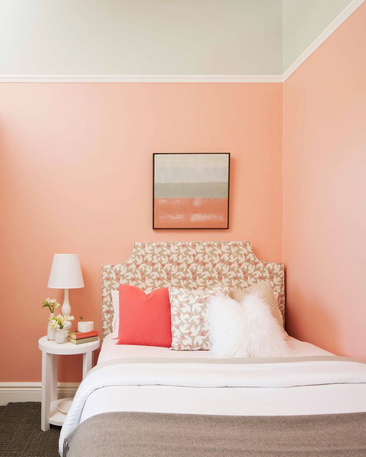 A wonderful way to create coziness in rooms that enjoy oversize ceilings is to use two tones. In this project Lynne Bradley Interiors has used Porter's Paints Sweet Pea to ground the concept then introduced a play on the colour with richly patterned fabrics and texture. The contrast in intensity is perfectly balanced to give a youthful sophistication. Gorgeously captured by @craigwallphoto