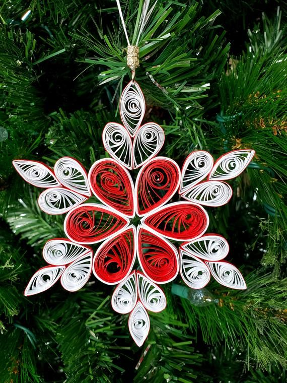 5 Inch Quilled Snowflakes Christmas Ornament Etsy In 2020 Quilling Christmas Paper Quilling Designs Christmas Ornaments
