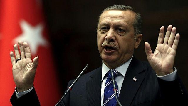 Turkey-_wikileaks_releases_294_548_emails_from_erdogan's_akp