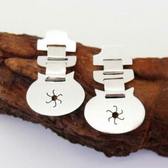 """Mapuche earrings """"Trapelacucha"""". Ethnic silver earrings."""