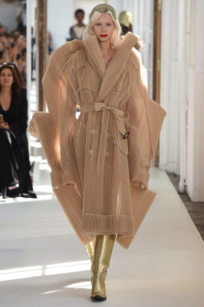 Maison Margiela Fall 2017 Couture Collection Photos - Vogue