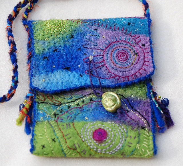 Quilted felt bag with hand embroidery