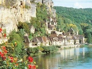 La Rogue Gageac in Sarlat la Caneda, France. Yes Please