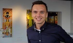 S cashbackem Tipli.cz dokážete v průměru za 1 rok získat až 2180 Kč. Jak funguje, jaké výhody nabízí svým uživatelům a proč se vyplatí nakupovat právě na něm, jsme se zeptali CEO Tipli Michala Hardyna.