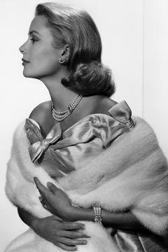 The perfect profile. Grace Kelly.