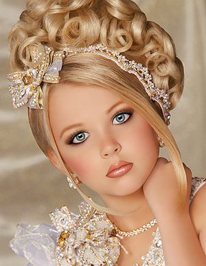 Toddlers and Tiaras Eden 2013 | these pictures show the girls at a natural state and at a glitz state ...