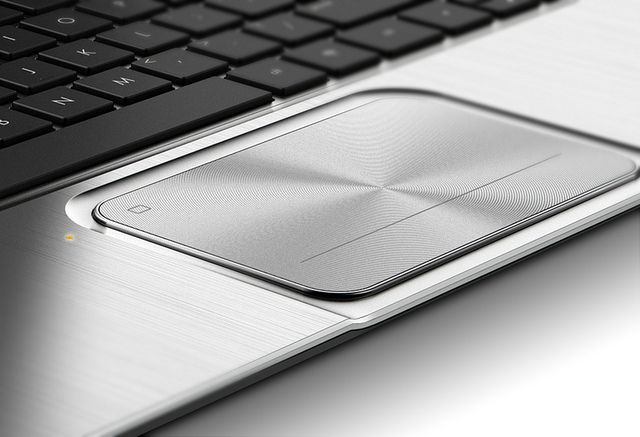 HP ENVY TouchSmart Ultrabook 4_touchpad detail Sheet pan