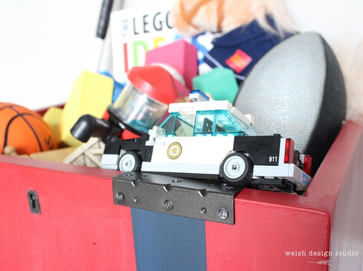 Easy storage with this industrial toy box