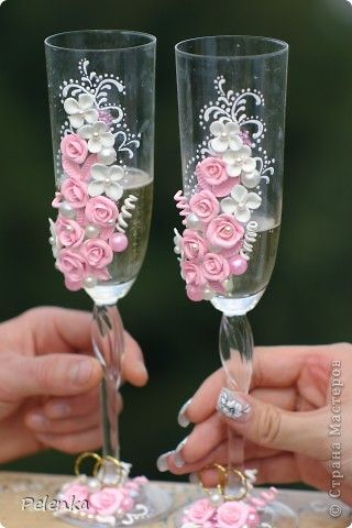 17 Best 1000 images about Wedding Glasses Ideas on Pinterest