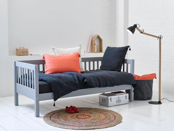 17 meilleures id es propos de lits superpos s canap sur pinterest lit de - Lit superpose banquette ...