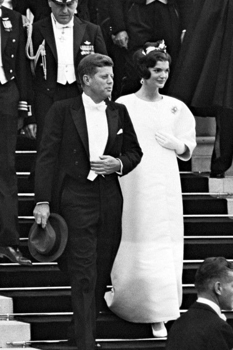jackie kennedy best dressed | Ultimate Style Icons Jacqueline Kennedy Onassis - Jacqueline Kennedy ...
