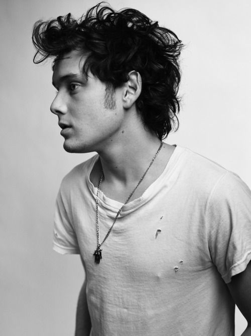 Anton Yelchin was only 27. Absolutely tragic what happened to him. Absolute shame.